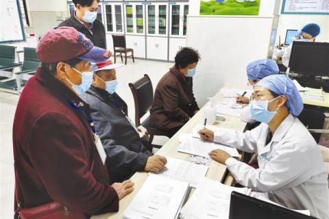 城区65岁以上老人免费体检启动