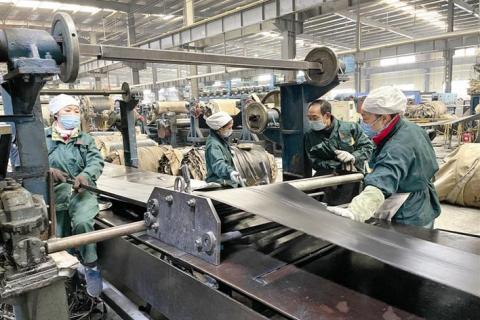 中南橡胶开足马力满负荷生产 订单已排至六月